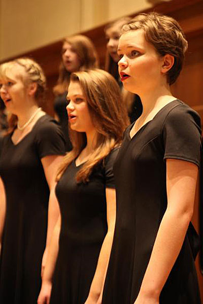 Girl-Choir_newsblog_1