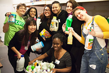 A photo of Lawrence University students volunteer on MLK's Day.