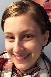 A Head shot of Lawrence University student Sara Morrison.