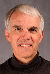 A Head shot of Lawrence University Voice Professor Kenneth W. Bozeman.